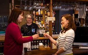 Nagaokaぶくぶく発酵めぐり 栃尾ワインの店葡萄の社